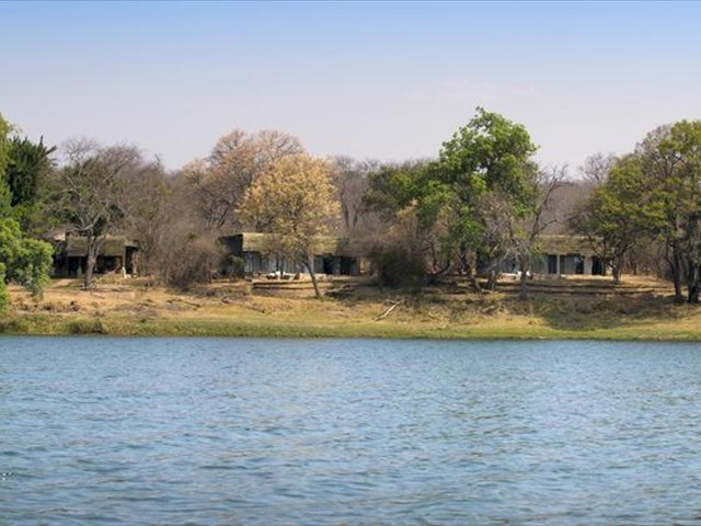 Matetsi River Lodge