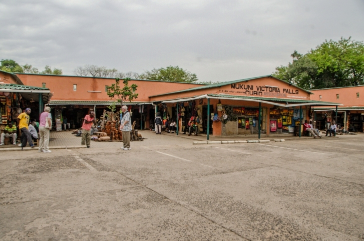 Mukuni Curio shop at Victoria Falls rainforest - Zambia