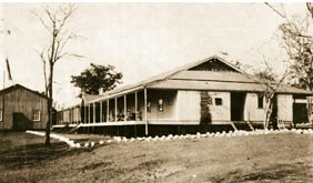 The Victoria Falls Hotel in 1904 the year it originally opened