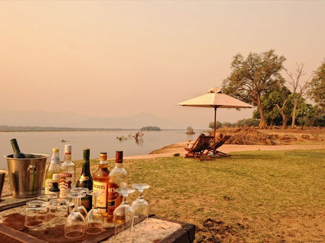 Sundowners in Lower Zambezi River, Mana Pools