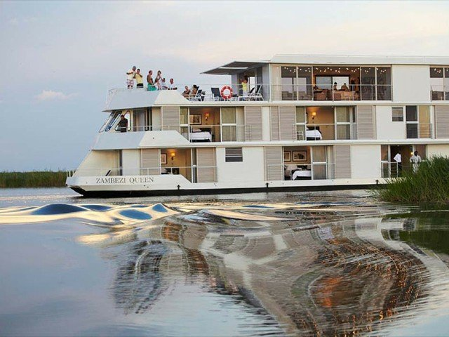 The Zambezi Queen Houseboat