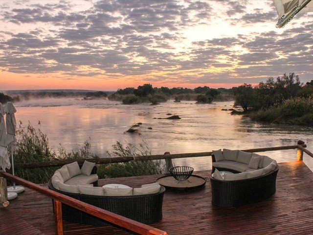 Zambezi Sands deck with views of the river