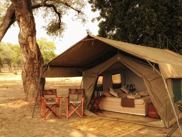 Zambezi Expeditions Camp in Mana Pools National Park, Zimbabwe