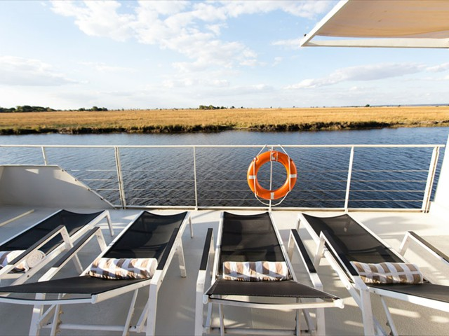 Relaxation on the Zambezi Queen